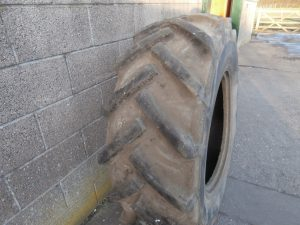 CONTINENTAL 16.9X26 TYRE